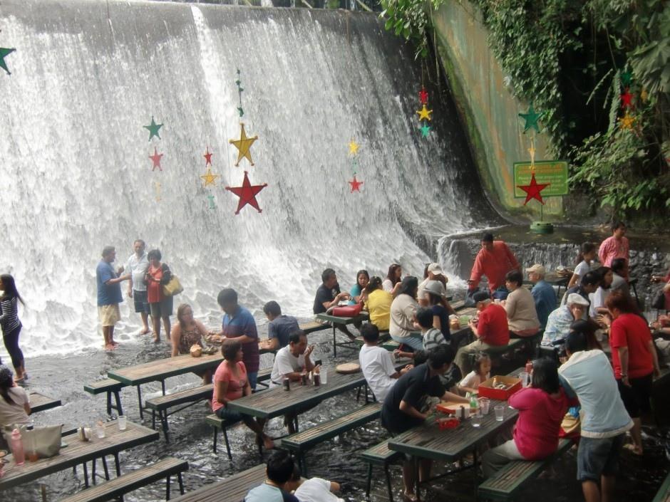 Stunning waterfalls restaurant villa escudero frankie965 for Villa escudero resort with the waterfalls restaurant in philippines
