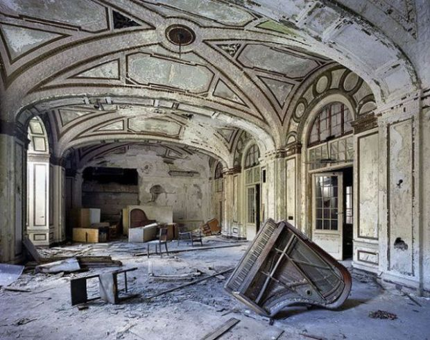 aweinspiring_abandoned_places_640_25