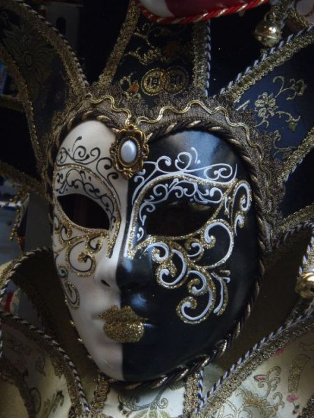 beautiful_carnival_masks_12