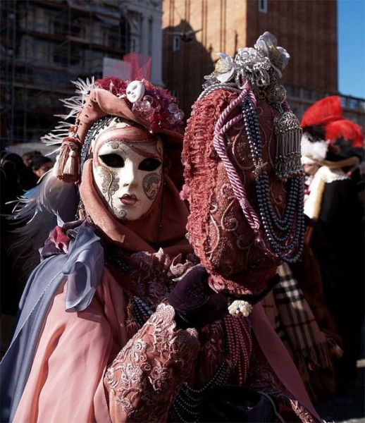 beautiful_carnival_masks_37