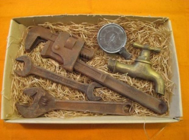 can_you_guess_what_makes_these_old_tools_so_famous_JXlG9_640_08