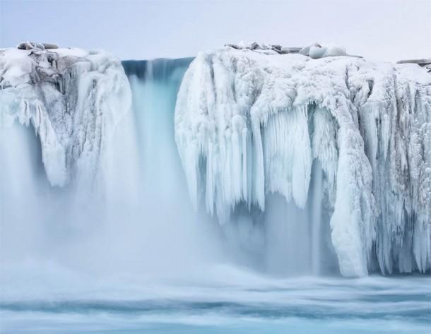 FrozenWaterfalls05-610x473