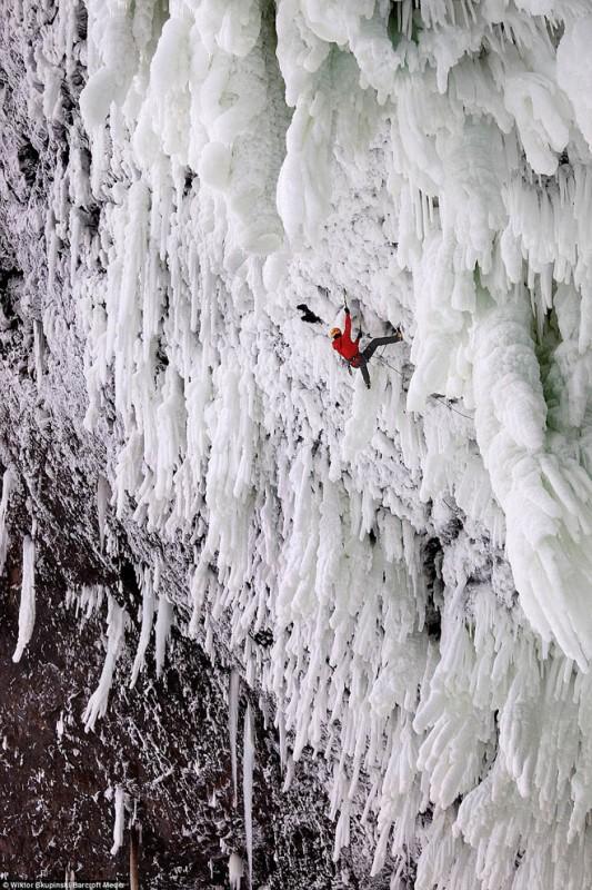 FrozenWaterfalls13-533x800