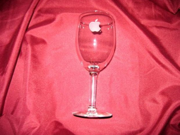 old_school_apple_merchandise_from_the_80s_and_90s_640_10