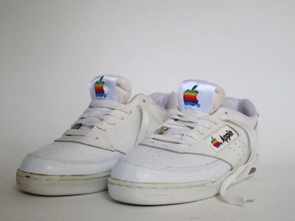 old_school_apple_merchandise_from_the_80s_and_90s_640_12