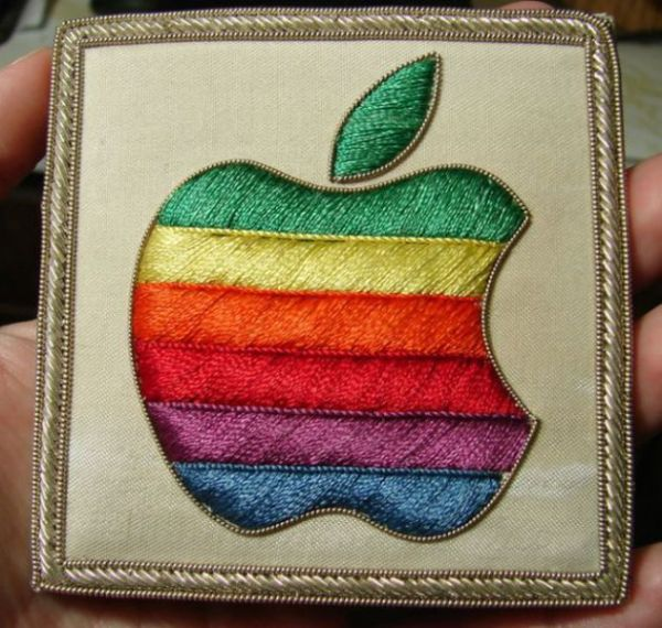 old_school_apple_merchandise_from_the_80s_and_90s_640_25