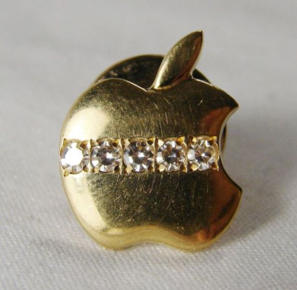 old_school_apple_merchandise_from_the_80s_and_90s_640_39