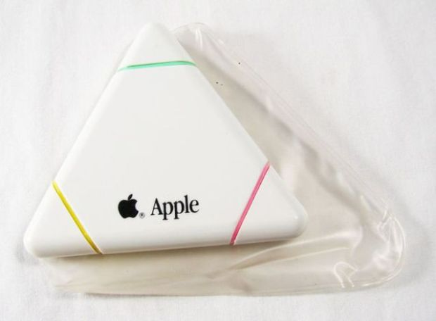 old_school_apple_merchandise_from_the_80s_and_90s_640_45