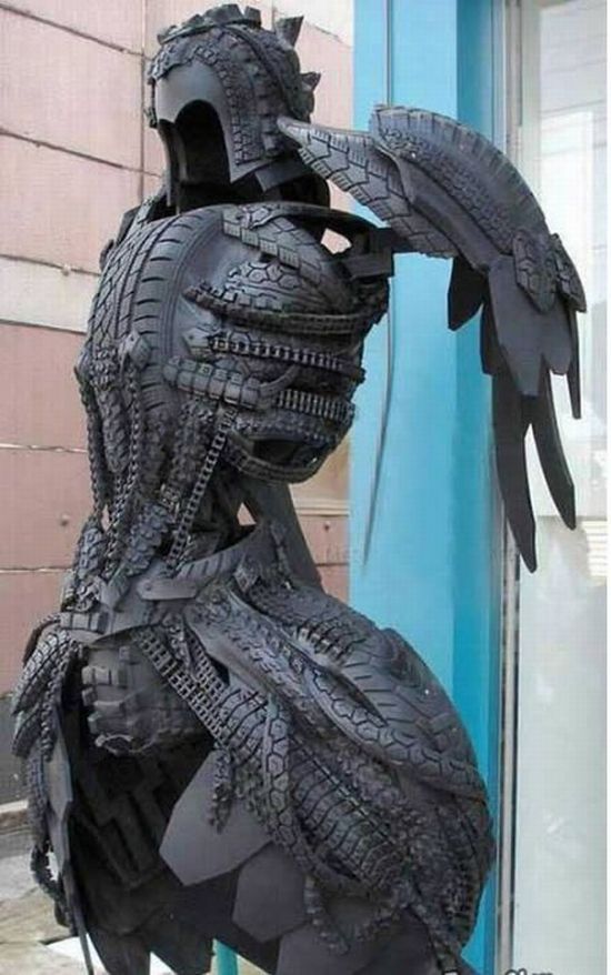 sculptures_made_out_of_used_tyres_07