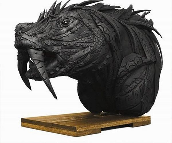 sculptures_made_out_of_used_tyres_12