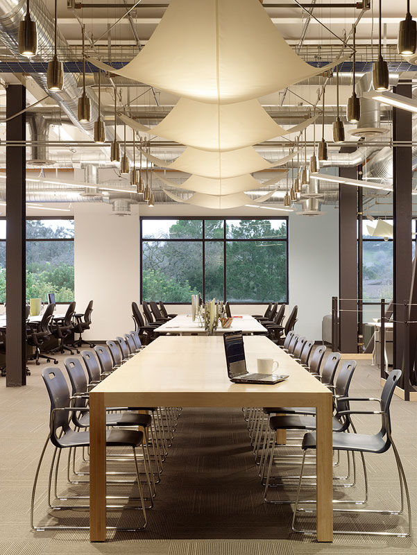 skypes_employees_get_to_enjoy_these_stunning_offices_640_high_06