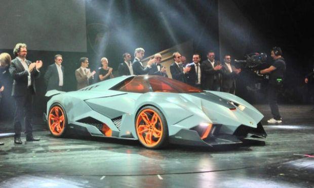 a_sleek_new_lamborghini_concept_car_640_01