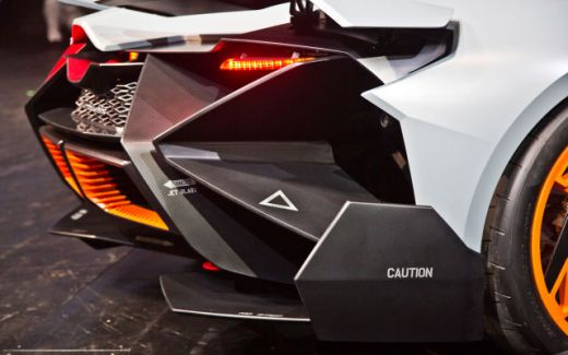 a_sleek_new_lamborghini_concept_car_640_19