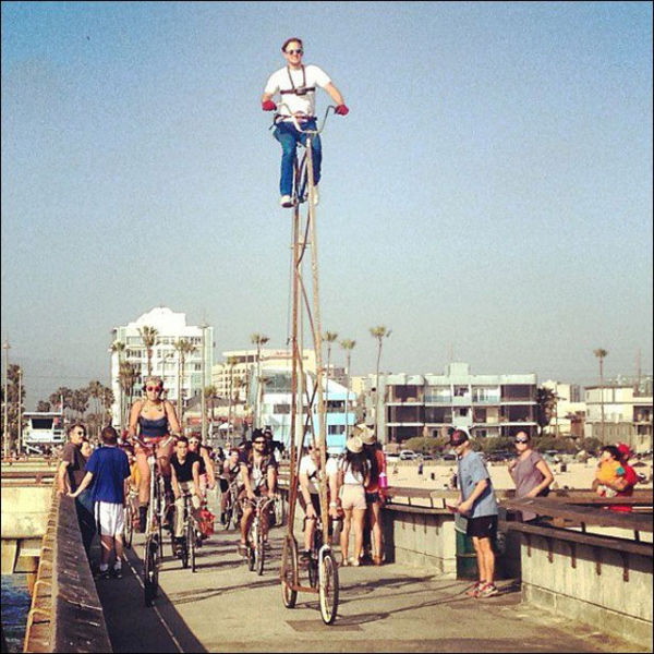the_worlds_tallest_bicycle_640_08