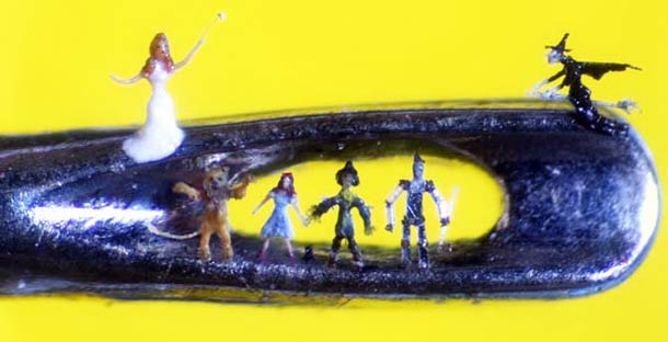 willard-wigan-micro-sculptures-8