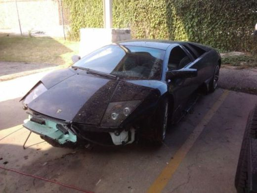 lamborghini_survives_only_one_day_with_its_new_owner_640_05