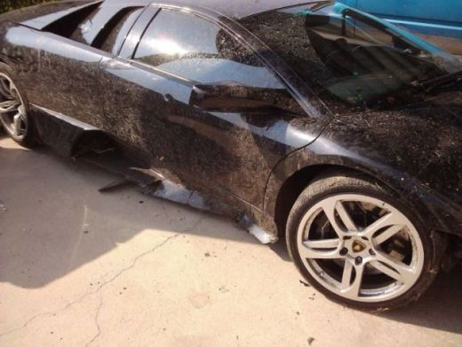 lamborghini_survives_only_one_day_with_its_new_owner_640_08