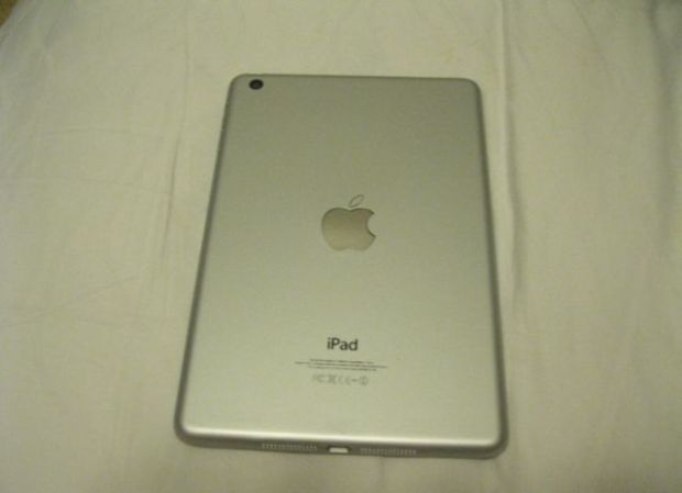 why_you_should_never_buy_an_ipad_at_a_chinese_radio_market_640_02
