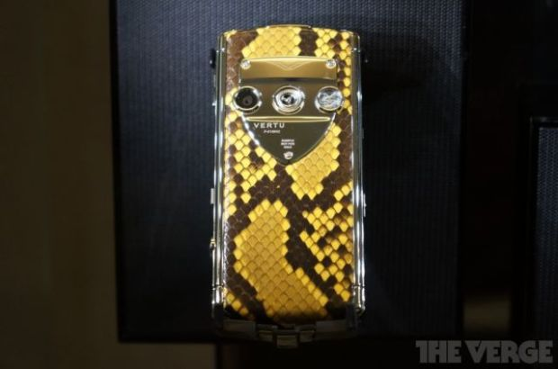 the_making_of_the_worlds_most_expensive_phone_640_20