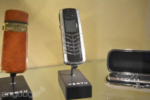 the_making_of_the_worlds_most_expensive_phone_640_31