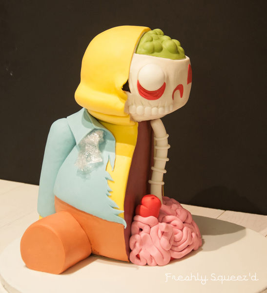 a_masterful_handmade_simpsons_character_cake_640_10