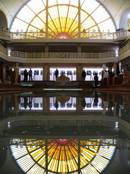old_town_swimming_pool_converted_into_a_magnificent_museum_for_tourists_640_02