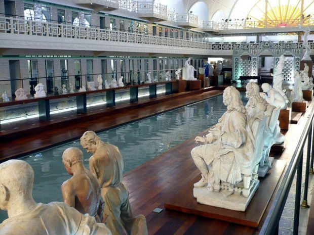 old_town_swimming_pool_converted_into_a_magnificent_museum_for_tourists_640_04