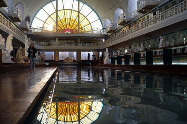 old_town_swimming_pool_converted_into_a_magnificent_museum_for_tourists_640_05