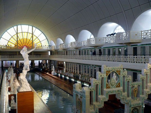 old_town_swimming_pool_converted_into_a_magnificent_museum_for_tourists_640_13