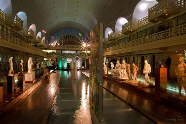old_town_swimming_pool_converted_into_a_magnificent_museum_for_tourists_640_16