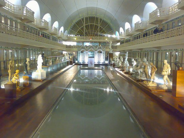 old_town_swimming_pool_converted_into_a_magnificent_museum_for_tourists_640_19